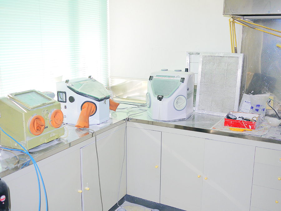 八田歯科医院 技工室02