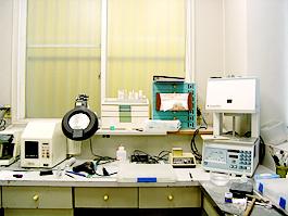 八田歯科医院 技工室